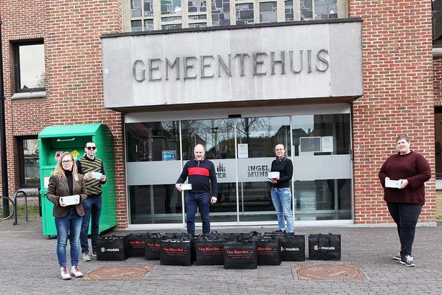Miniatuurtreinen Van Biervliet uit Ingelmunster schenkt 10.000 mondmaskers weg