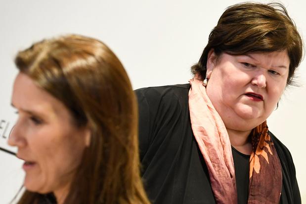 Zaakvoerder reageert na mislukte levering mondmaskers: 'Als de FOD Volksgezondheid op tijd betaald had, dan waren ze geleverd'