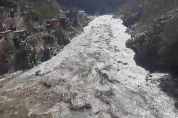 Gletsjer in Himalaya breekt af: vrees voor 100 tot 150 slachtoffers