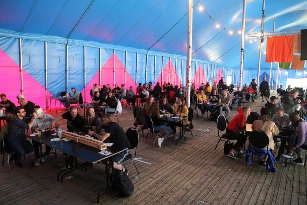 Zomersessies van Dranouter blijven doorgaan met 200 bezoekers