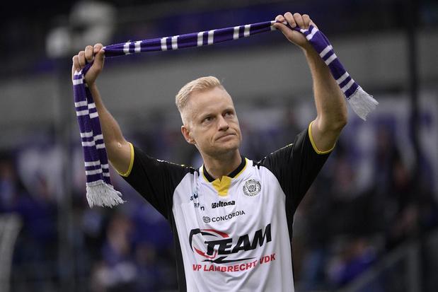 Olivier Deschacht: 'Na die goal tegen Anderlecht heb ik voor het eerst in mijn carrière gehuild'