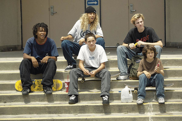 Tv-tip: 'Mid90s', een teder portret van een groepje skateboarders op weg naar volwassenheid