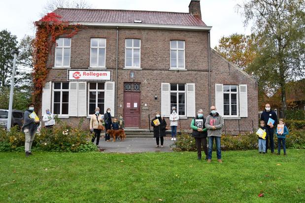 Rollegemnaars willen hun bibliotheek weer open op zaterdag