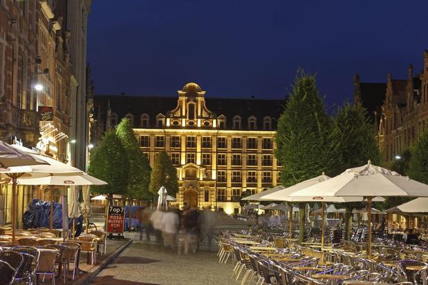Legendarische Café Allee op de Oude Markt in Leuven sluit de deuren