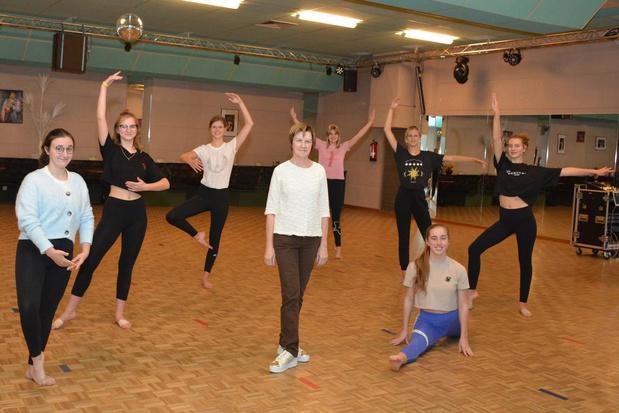 """Dansschool Beyaert hoopt op betere tijden: """"Moeilijke periode, maar we blijven optimistisch"""""""