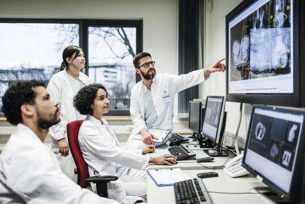 L'information et le coaching des malades par les praticiens