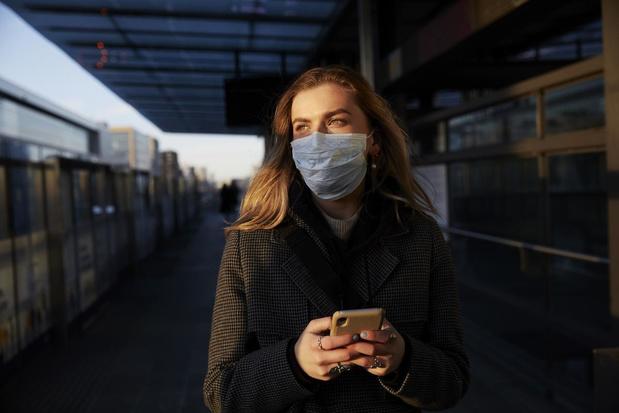 Deze strengere coronamaatregelen gaan vandaag in: mondmaskers én registratieplicht