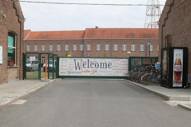 Gemeentebestuur verzet zich tegen acht nieuwe containers bij asielcentrum
