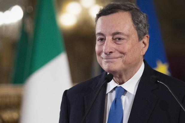 Italiaanse schuldenberg stevent af op record