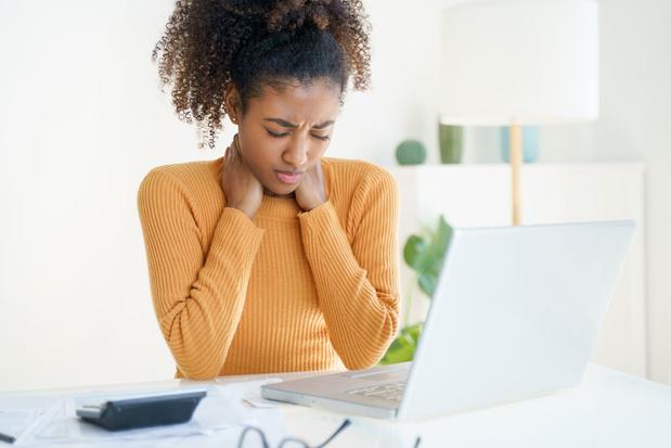 Thuiswerk: vier tips voor werkgevers en werknemers om gezondheidsproblemen te vermijden