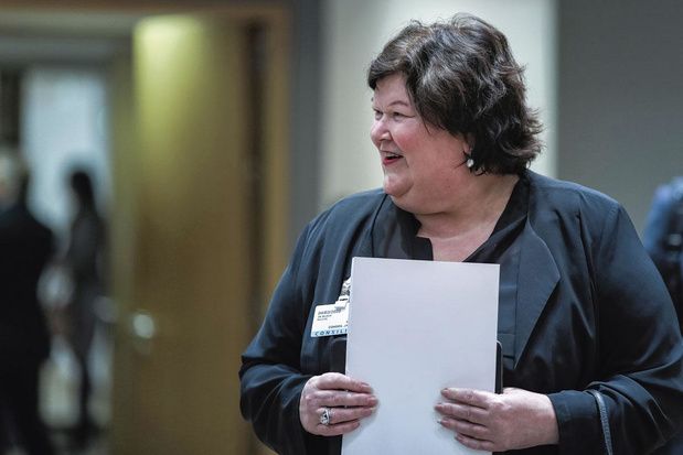 """""""Poursuivre Maggie en justice"""": de nombreuses plaintes déposées contre la gestion de la crise du coronavirus?"""