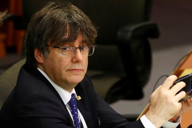 Europese aanhoudingsbevelen tegen Carles Puigdemont en Toni Comin blijven geschorst