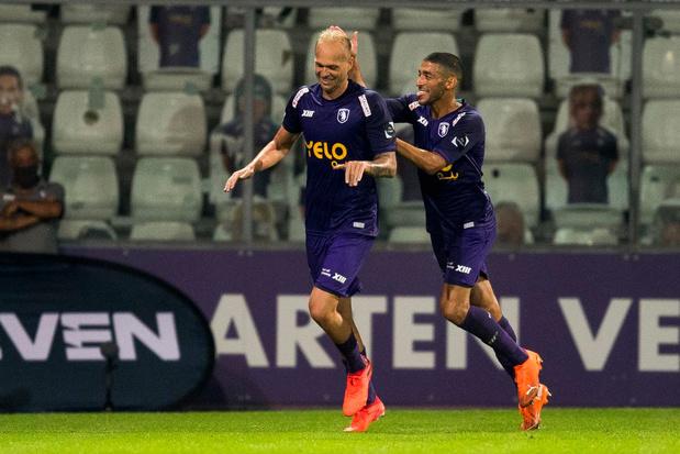 Clubnieuws: Anderlecht naar licentiecommissie, Lestienne buiten strijd en Beerschot wil contract Holzhauser openbreken