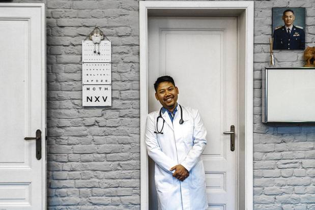 Thaise dokter Kamnerdsiri overweegt Belg te worden