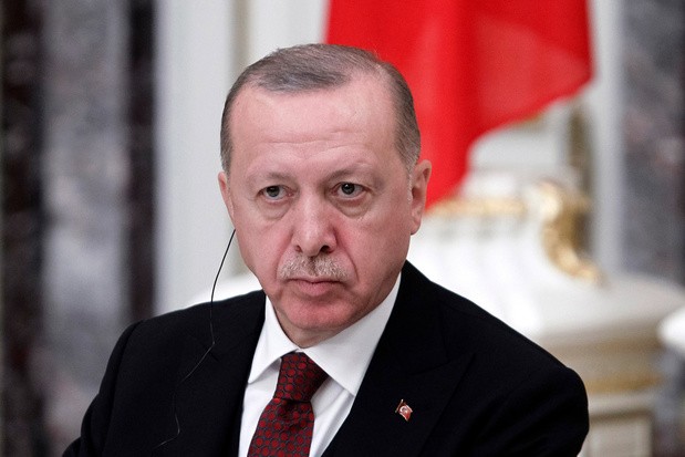 'Voor zijn flirt met Moskou betaalt Erdogan nu een prijs'
