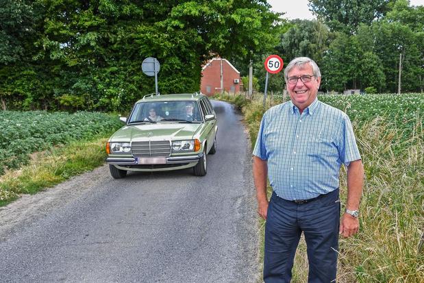 Tractorsluis of eenrichtingsverkeer in Komerenstraat? Overleg over aanpak sluipverkeer