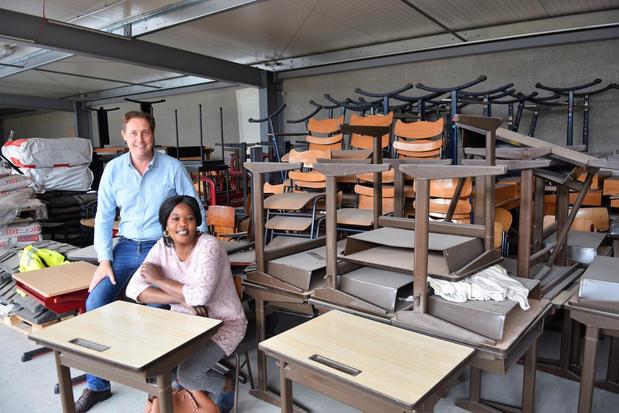 Oude schoolbanken en stoelen krijgen nieuw leven in Senegal