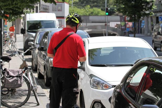 Ook Kortrijks parkeerbedrijf schort handhaving tijdelijk op