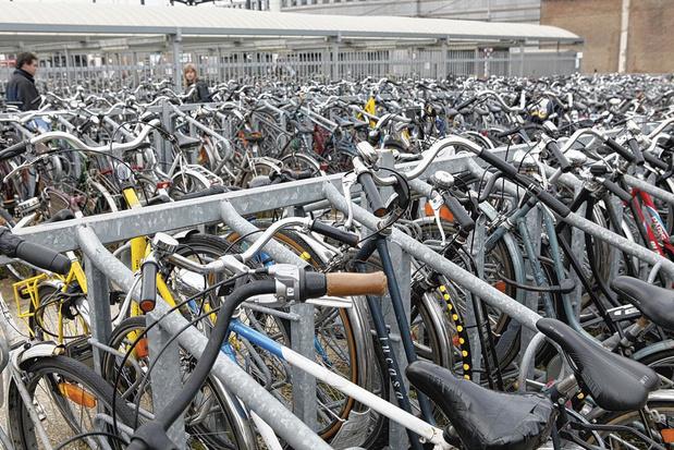 La gare de Gand fait de la place aux vélos