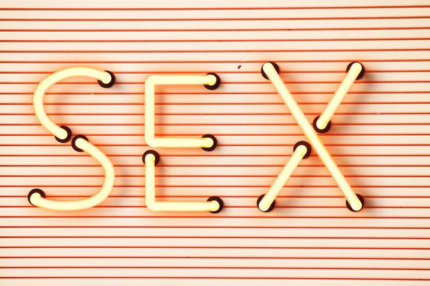 'We hebben nog altijd de houding van een puber met zweetpollen als het over seks gaat'