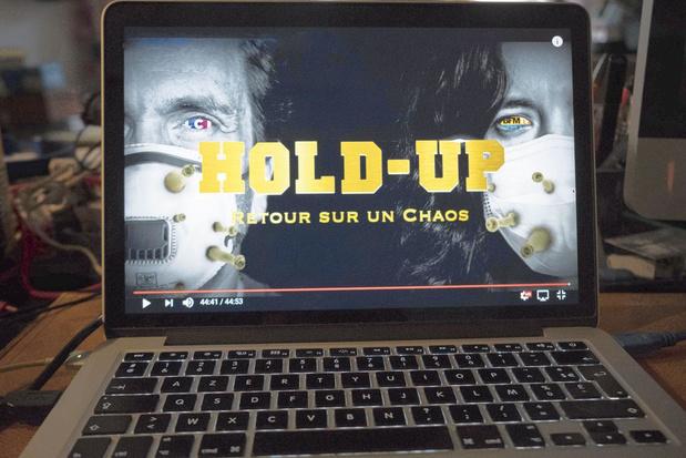 """Hold-up"" ou le conspirationnisme soft"