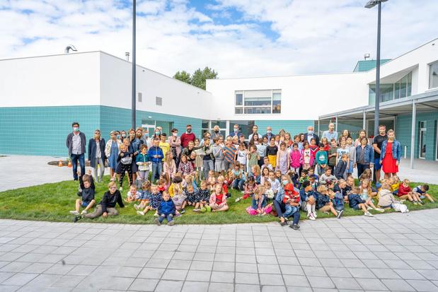 Gloednieuwe school geopend in Westende