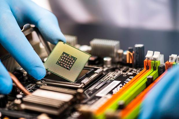 Intel amorce une réorientation stratégique qui pose question