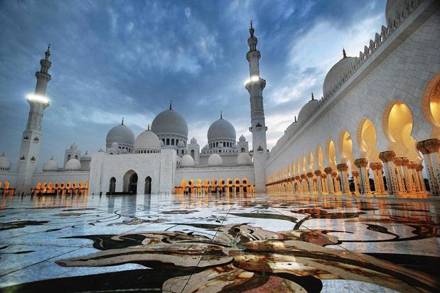 Abu Dhabi, capitale du bling-bling