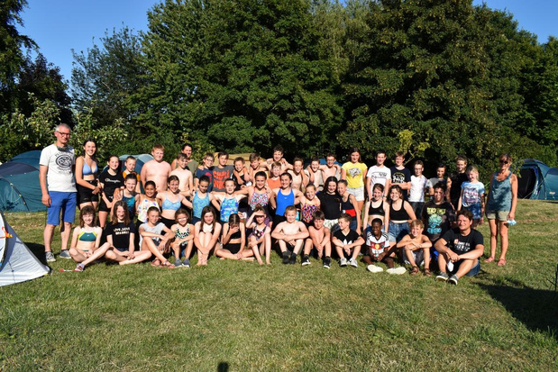 Schoolverlaters Sint-Jozefsschool logeren in Camping Saint-Joseph