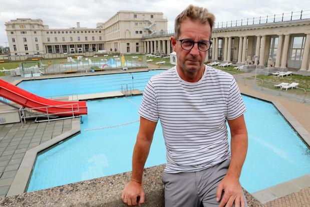"""Na meer dan 40 jaar sluit het buitenzwembad voorgoed de deuren: """"Veel Oostendenaars vinden het jammer"""""""