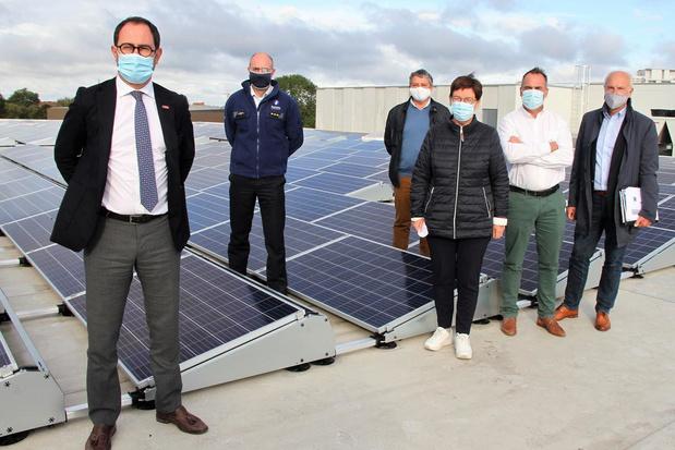 857 zonnepanelen op dak van het nieuwe commissariaat in Kortrijk