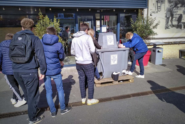 Winkelen bij Select Supermarkt in Lauwe? Eerst je handen wassen!