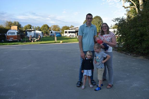 Jolien en Andy openen minicamping Lyssenthoek Farm in Poperinge