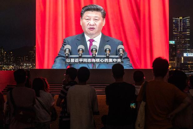 Chinese president Xi Jinping wil hoge inkomens aanpassen