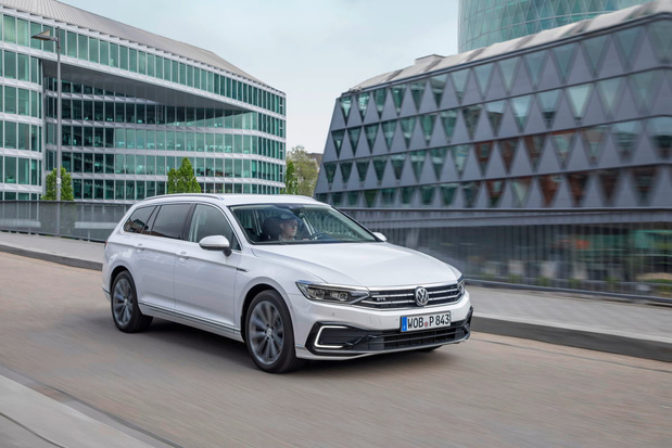 Nieuwe VW Passat GTE krijgt groter elektrisch rijbereik