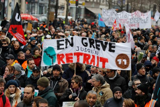 Opnieuw duizenden manifestanten op straat in Parijs