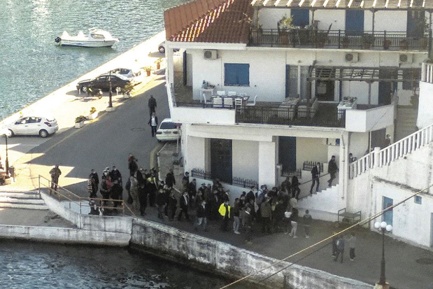 Le Premier ministre grec démasqué