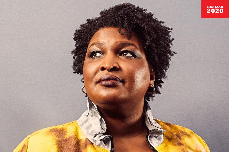 Wie is Stacey Abrams, de schrijfster die Georgia won voor de Democraten?