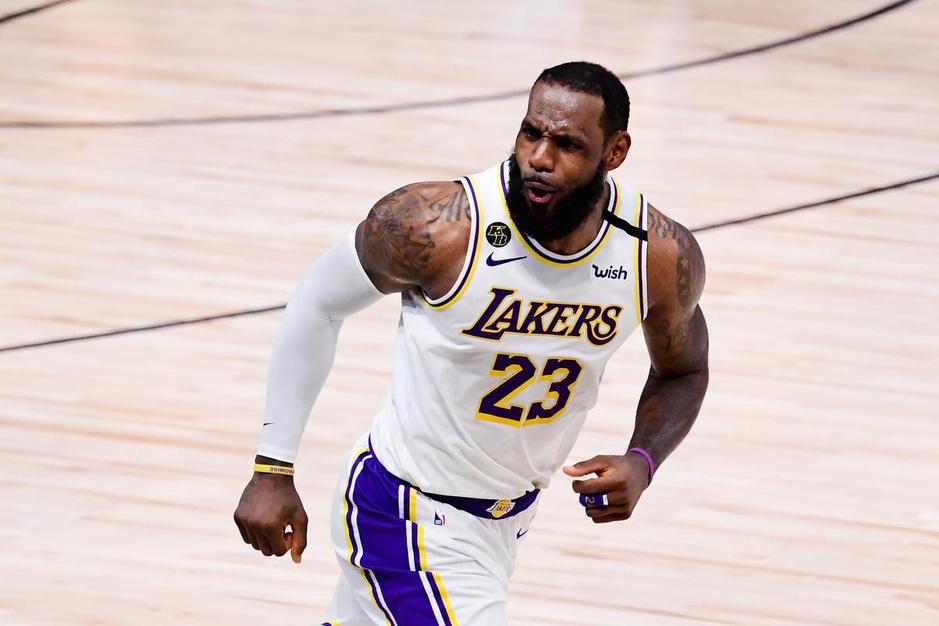 Uw handleiding bij het nieuwe NBA-seizoen: schuift LeBron James met vijfde titel dichter bij Michael Jordan?