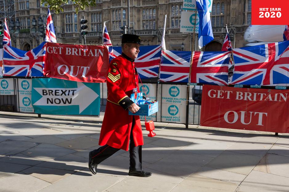 Aftellen naar de brexit: 'Boris Johnson stelt veel dingen positiever voor dan ze zijn'