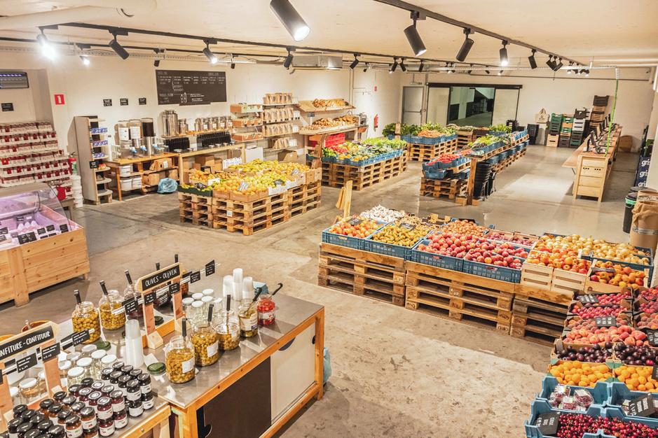 Deze winkel verkoopt bio twintig procent goedkoper: 'Bij ons vind je één witte en één rode wijn'