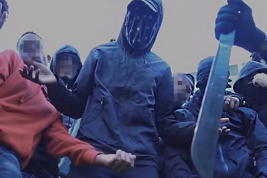De opmars van drill: rappers die met messen zwaaien, staan bovenaan de Nederlandse hitparade