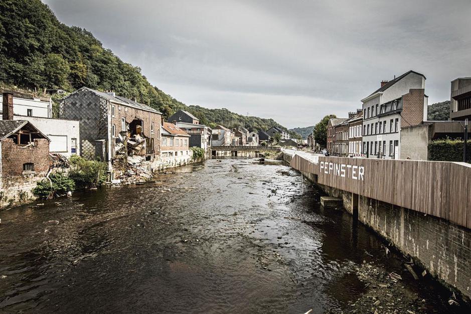 Elf weken na de overstromingsramp in Wallonië: 'Er is aan alles een tekort, vooral aan experts'