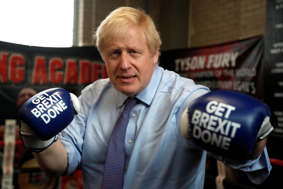 Boris Johnson neemt opnieuw de handschoen op tegen EU: 'Hij speelt een dubbelspel'