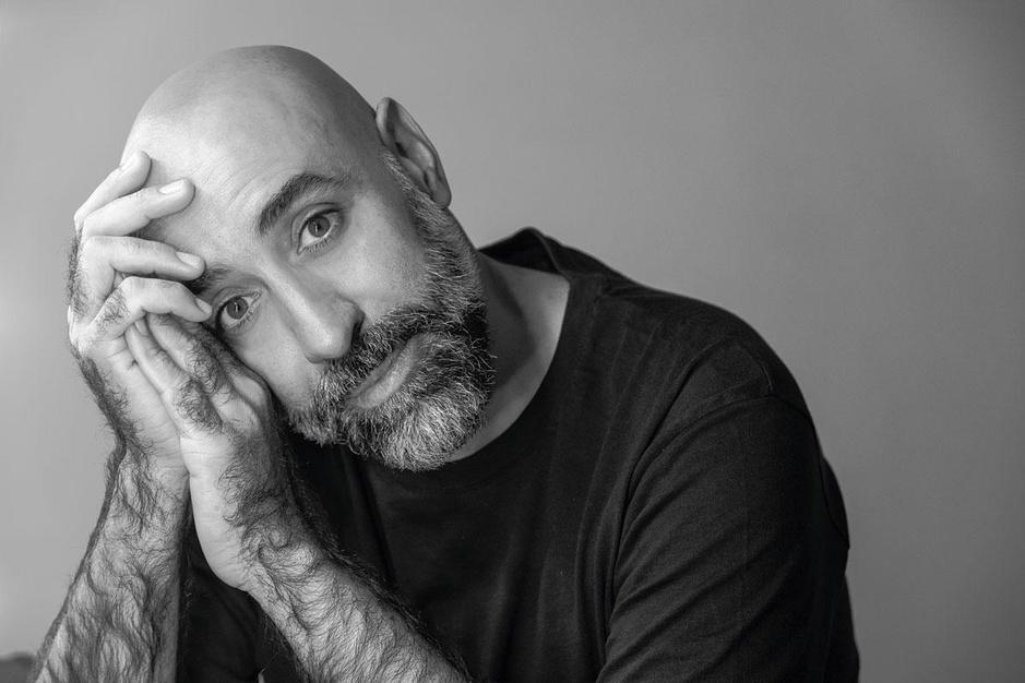 Libanese modeontwerper Rabih Kayrouz na de explosies in Beiroet: 'Ik kan weer glimlachen'