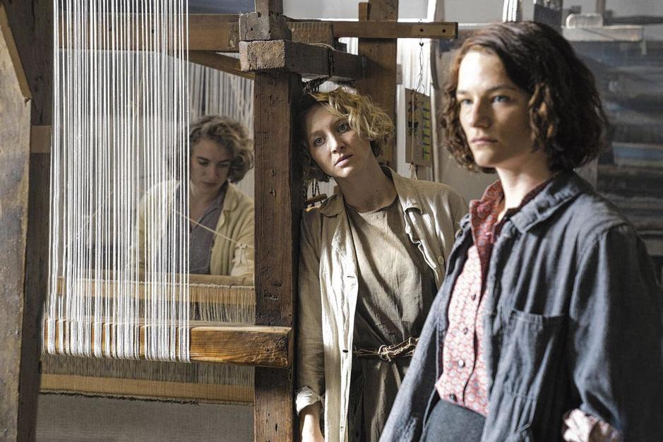 Bauhaus: de progressieve kunstopleiding die vrouwen alleen liet weven en keramiek maken