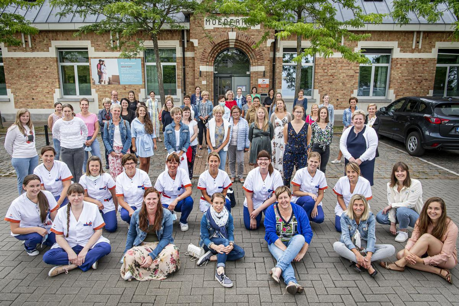Kraampersoneel neemt afscheid: 90.000 baby's in iconisch moederhuis aan de Bassin