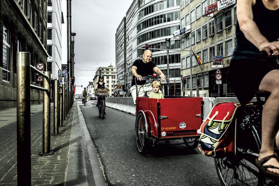 Van wie is de straat? 'Het frame 'fiets versus file' komt de fietslobby goed uit'