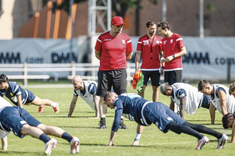 Zo maakt nieuwe coach Hollerbach STVV klaar voor seizoensbegin
