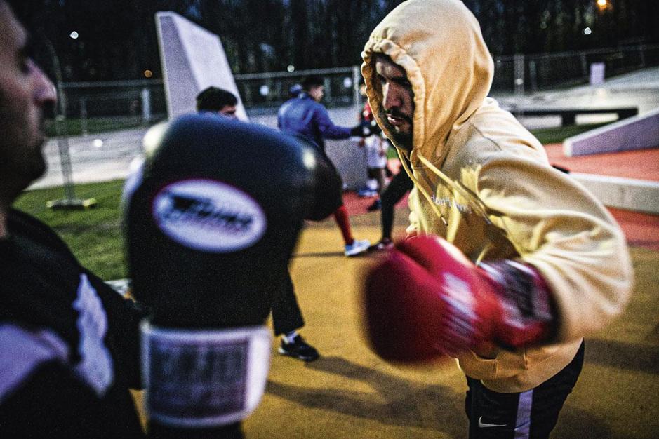 Sportclubs dicht, gevechten verhuizen naar het park: 'Dit is het perfecte recept voor ongelukken'